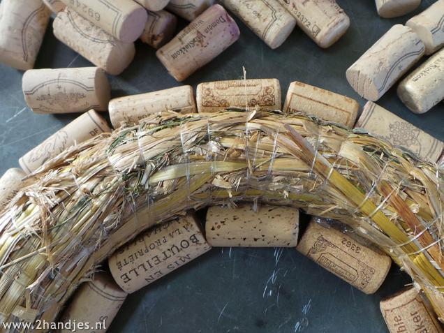 decoratie maken van wijnkurken