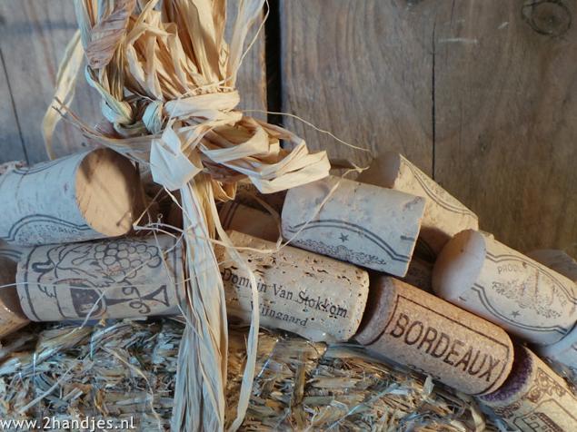 knutselen met wijnkurken